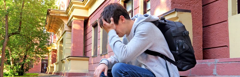 How to Help Your Teen Struggling With Mental Health Issues