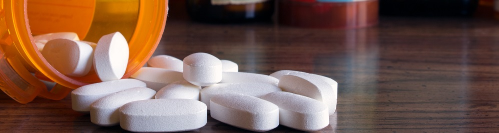 Vicodin Addiction Symptoms, Signs & Side Effects